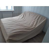 Чехол защитный на кровать