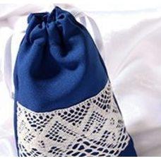Мешочек из синего габардина с кружевом