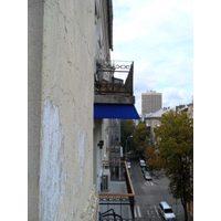 Навес для балкона в жилом доме
